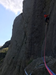 Pitch 4 of Direct Rout Dinas Mot